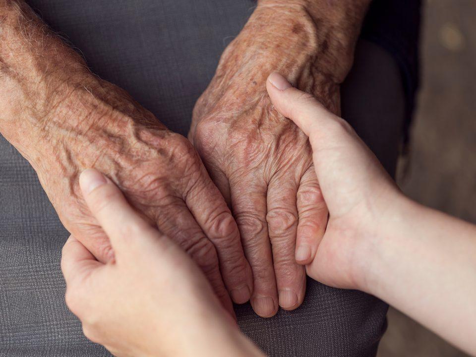 Senioren Assistenz, Hilfe für ältere Menschen im Alltag, Lupenrein, Hilfe für Alte